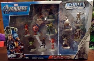 Avengers mini figure set