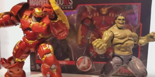 Marvel Studios Hulk and Hulk buster set