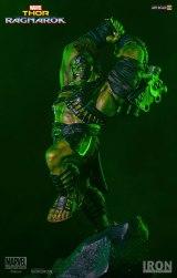 marvel-thor-ragnarok-hulk-statue-iron-studios-903401-01