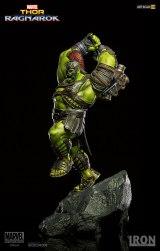 marvel-thor-ragnarok-hulk-statue-iron-studios-903401-06